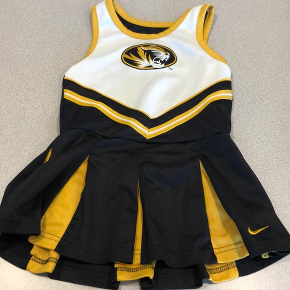 Nike Other - 💥Nike Tiger Cheerleader Outfit💥